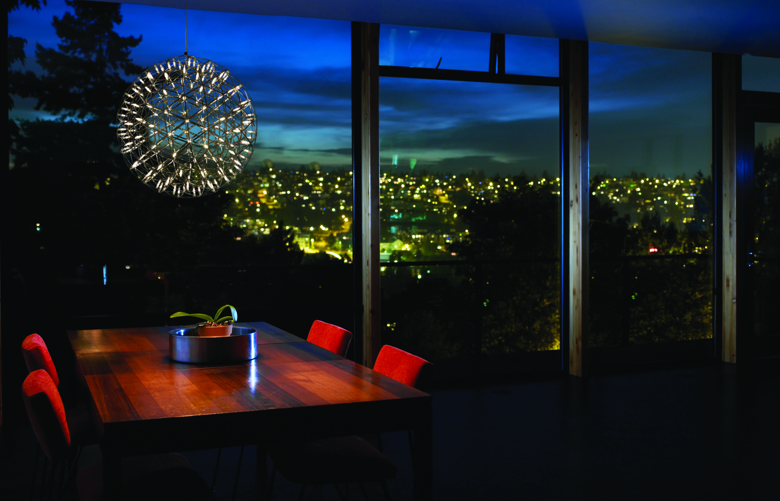 Raimond by Moooi contemporary LED lighting